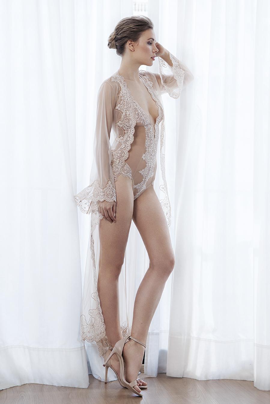 body lencero nude